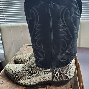 Laredo Western Mens Natural Nat Python Boots.